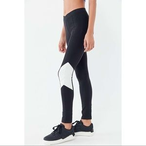 UO Out From Under Danica Colorblock Leggings
